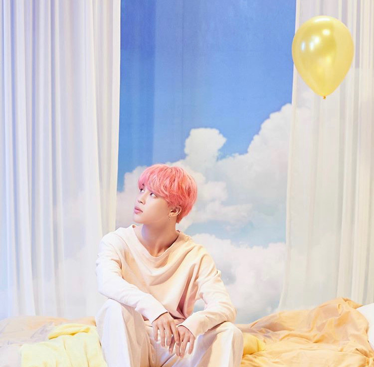 park jimin with yellow birthday balloon