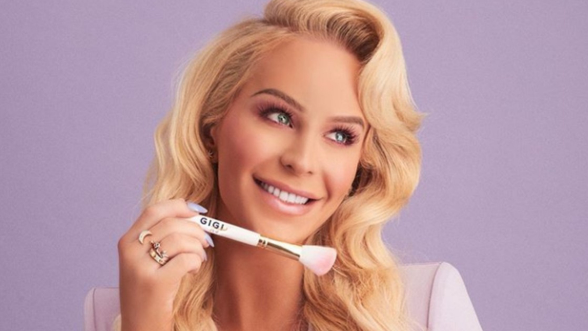 Gigi Gorgeous To Launch Gender Neutral Makeup Brand In Collaboration With Ipsy