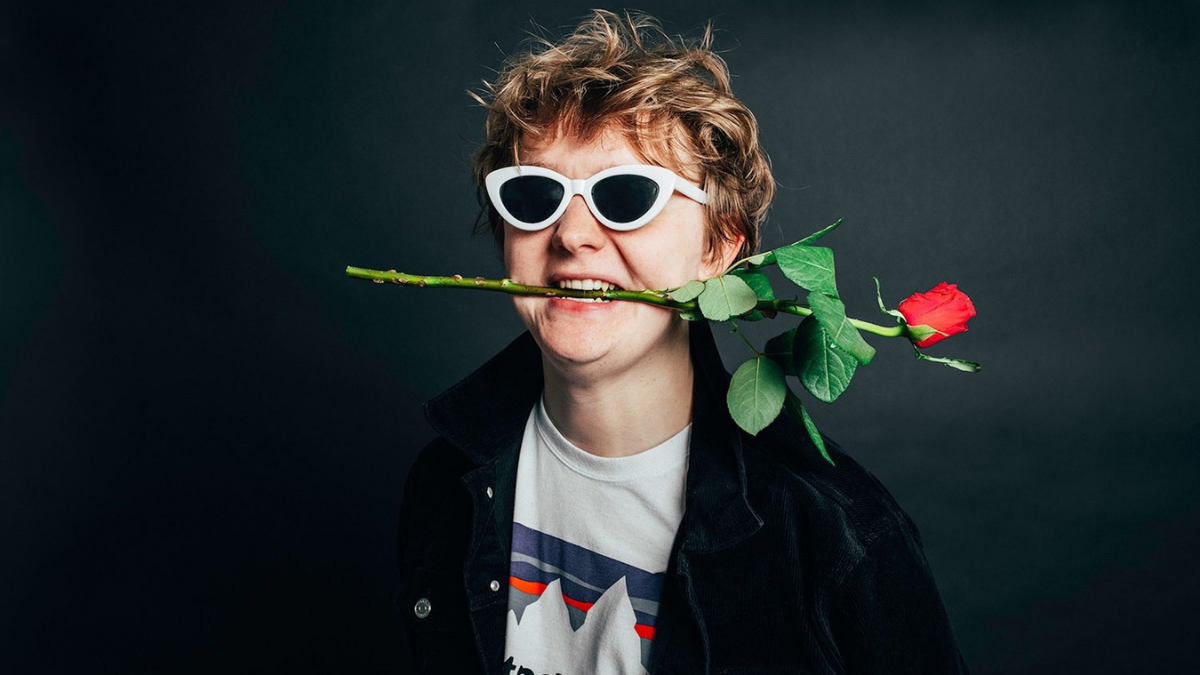 Lewis Capaldi Wins The Hearts Of America As He Hits The Number 1 Spot On US Top 40 Charts!