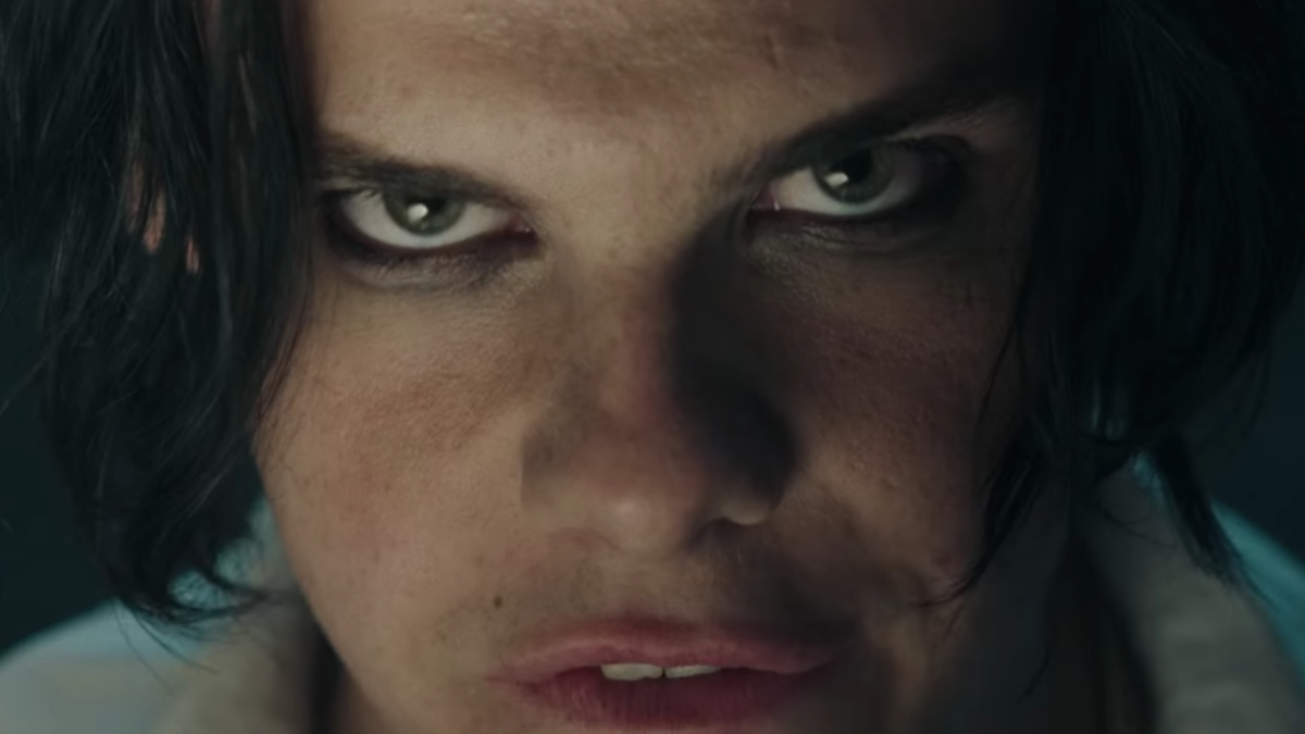 7 Moments From the Yungblud 'Die A Little' Music Video That Totally Made Our Skin Crawl