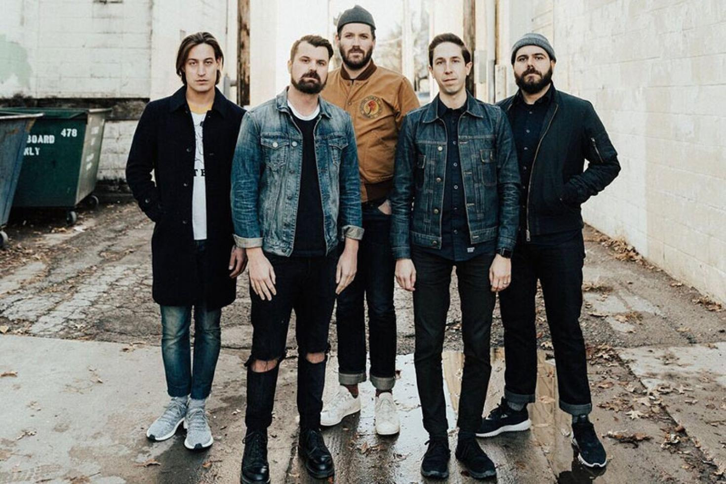 "Silverstein's Cover Of ""Disarm"" Is Powerful AF"