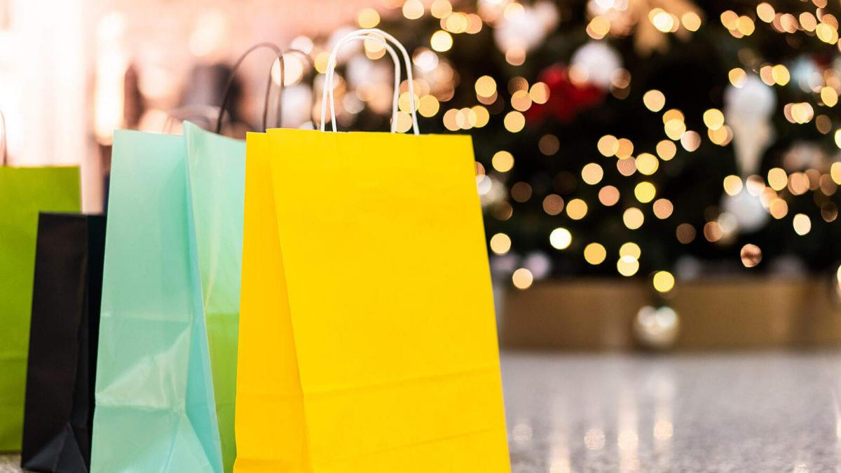 11 Fan Stores to Support For Small Business Saturday