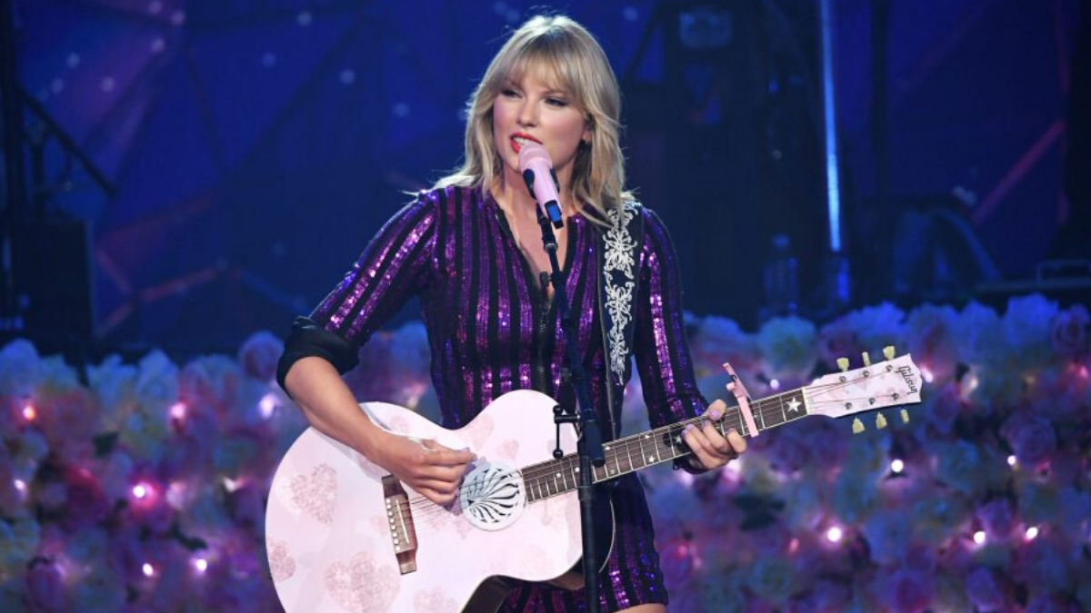 Free Taylor Swift('s Music)  … And Sign This Petition Maybe