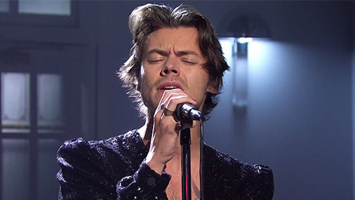 ICYMI: Harry Styles Killed it on SNL! Catch Up Here…