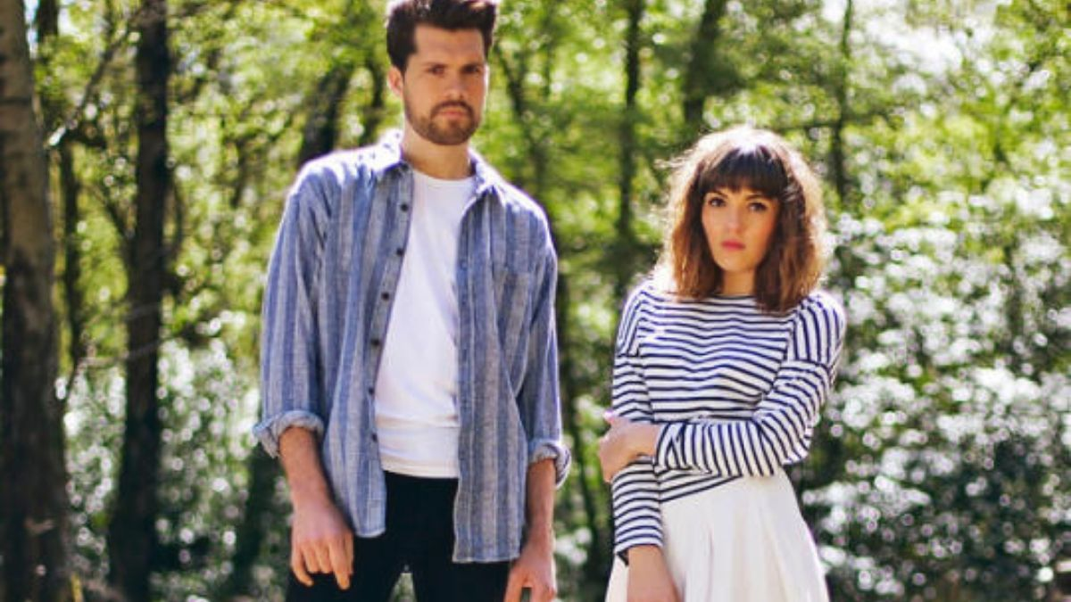 Oh Wonder Have Us In Awe With Album Release For 2020  And They're Touring Too!