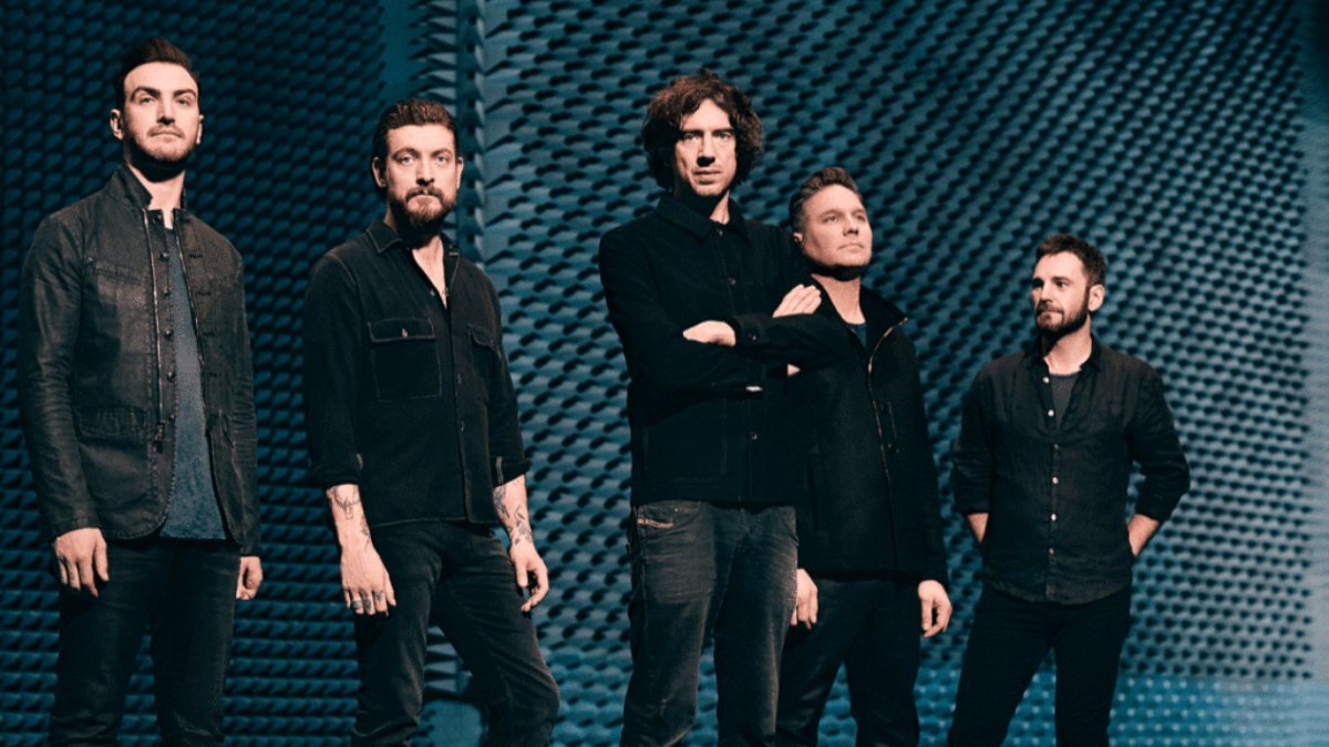 "Snow Patrol ""Reworked"" Some Of Their Songs … And Our Hearts"