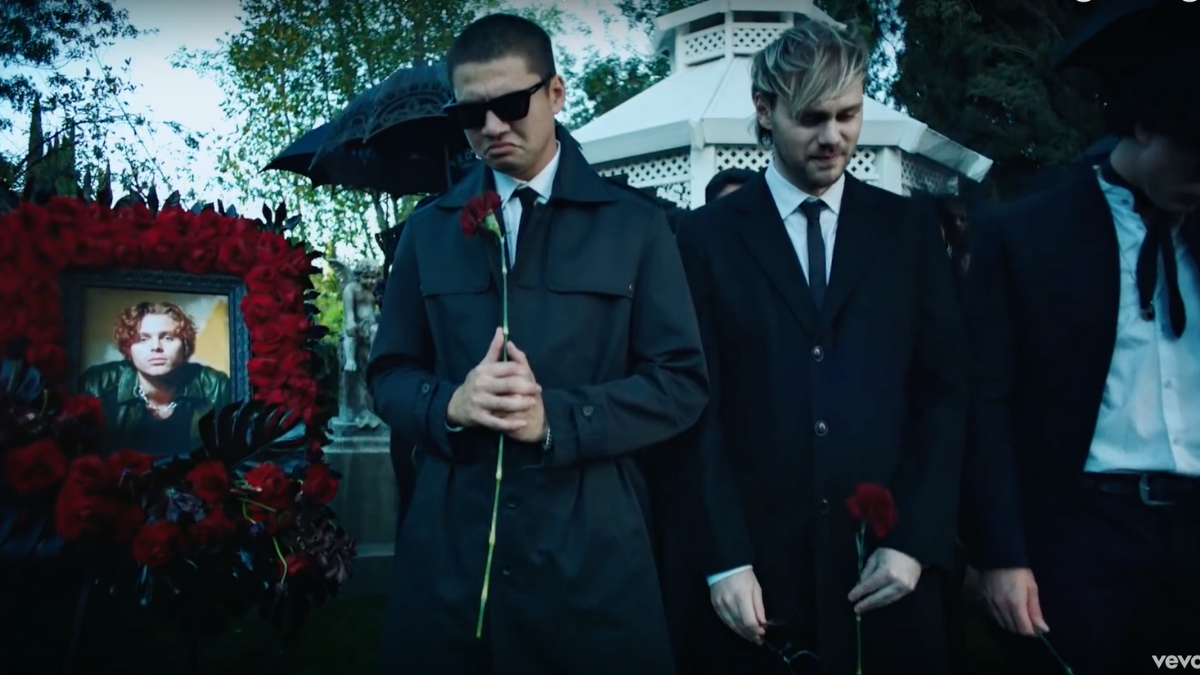 'No Shame' Music Video Turns Fans into Theorists