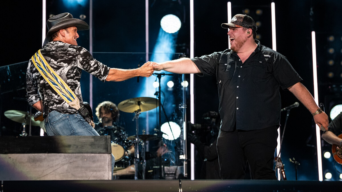 Grab That Cowboy Hat and Dust Off Those Boots, Luke Combs Is Joining Tim McGraw on Tour