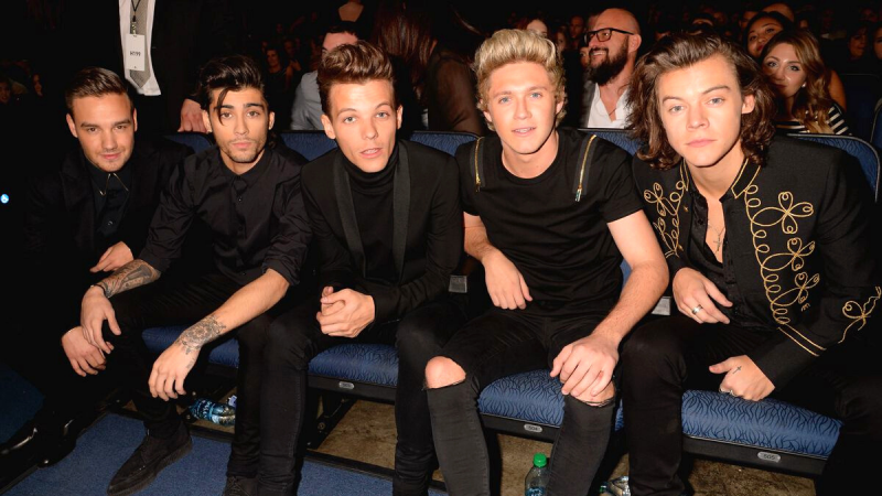 Our Fav Celebrity Stan Moments About 1D'S Ten Year Anniversary!