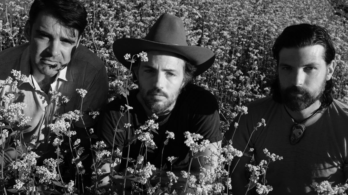 Another 'Victory' For The Avett Brothers