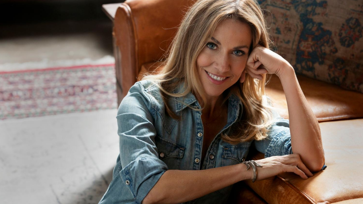 Sheryl Crow… 'Woman in The White House' Re-imagined