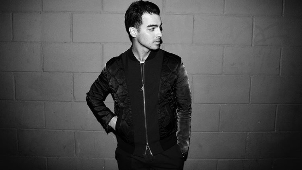 Here's 5 Reasons Why We're Still Simpin' Over Joe Jonas After All This Time