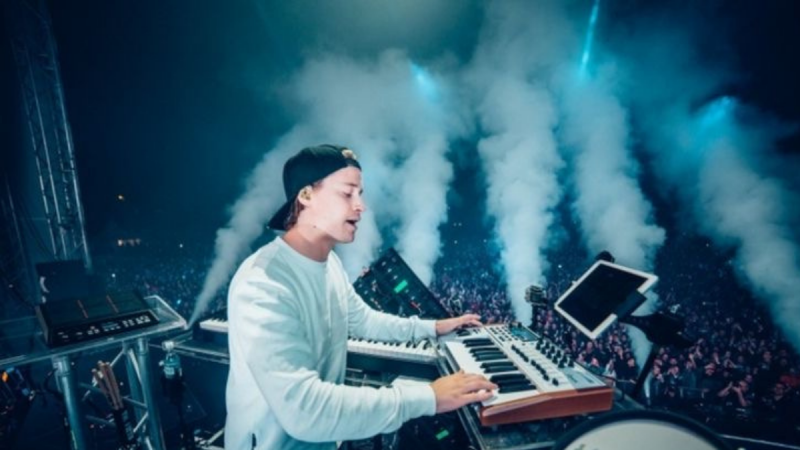Kygo Releases Remix With Cast Of Outer Banks On Set!
