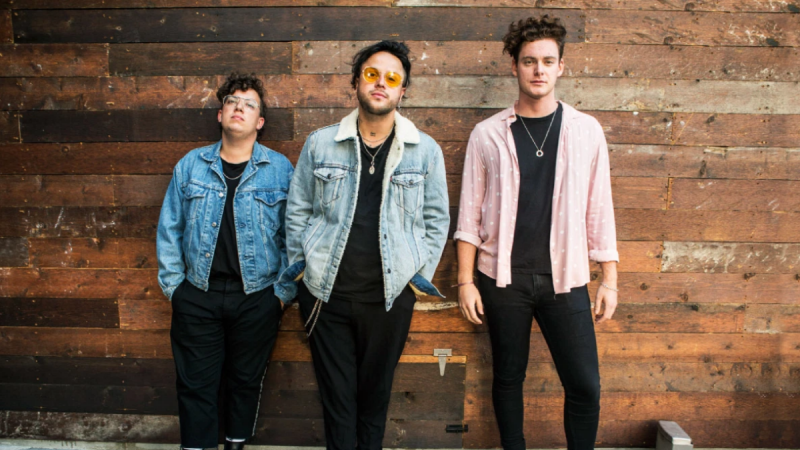 lovelytheband Made Their Livestream Performance At The Roxy Theatre A Night To Remember!