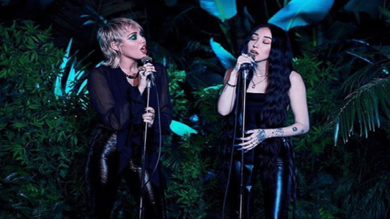 Noah Cyrus Releases Beautiful Live Recording Of 'I Got So High That I Saw Jesus' With Big Sis Miley