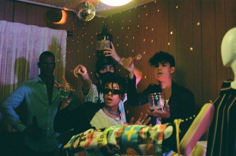 jxdn and iann dior partying it up in the music video for 'Tonight'