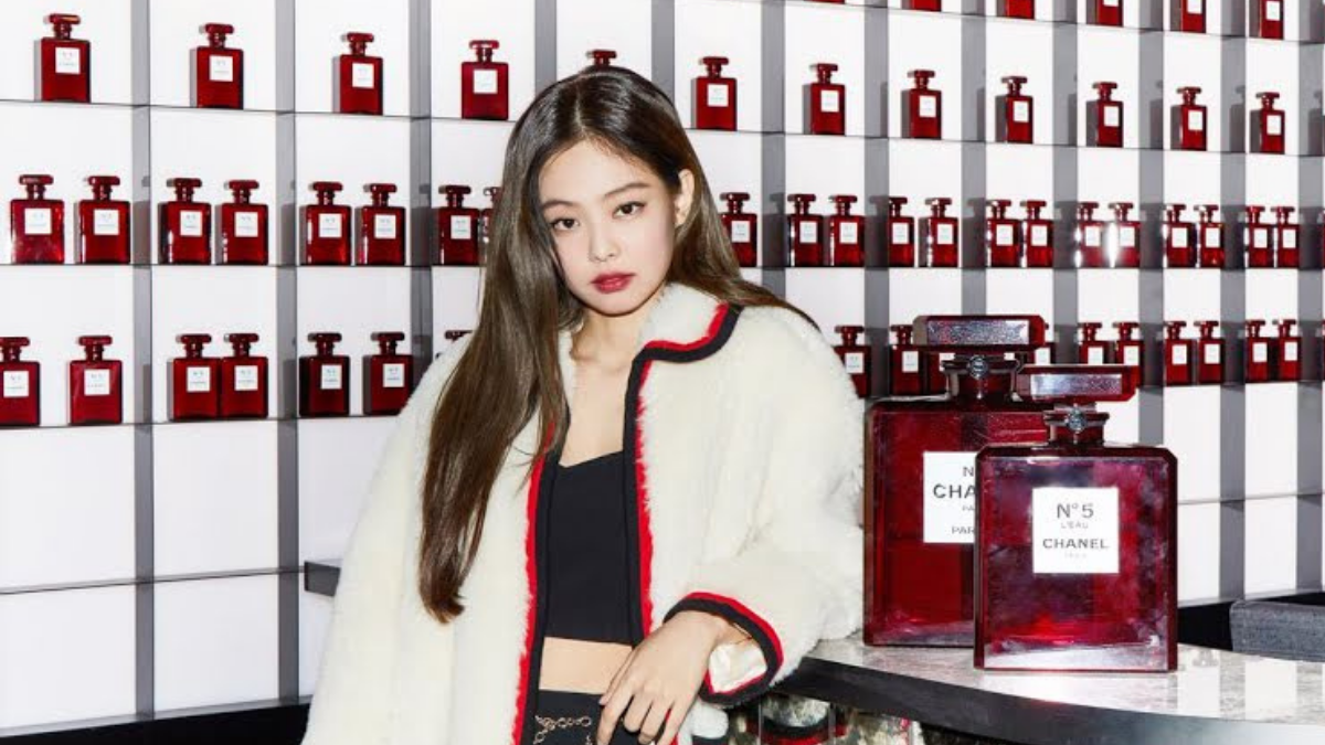 8 Gorgeous Jennie Looks Which Prove She's The Human Chanel