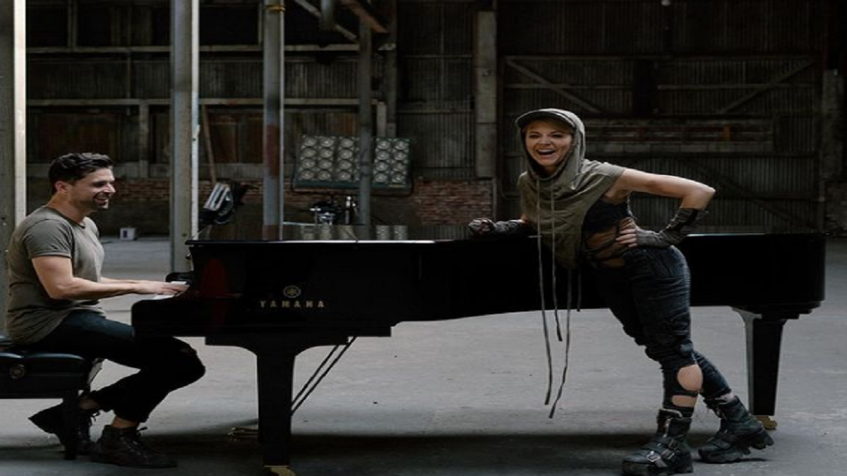 We're In Tears Over Lindsey Stirling's Latest Single 'Lose You Now' Featuring Mako