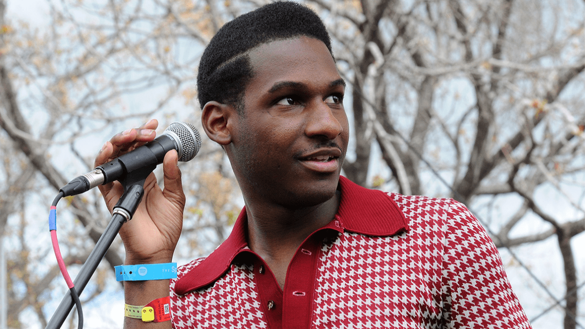 Sailing On The Soulful Pop with Leon Bridges and Keite Young