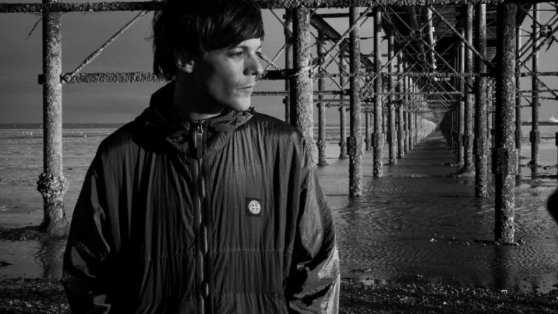 We've Never Been So 'Defenceless,' But We Don't Mind Thanks To Louis Tomlinson and Louies