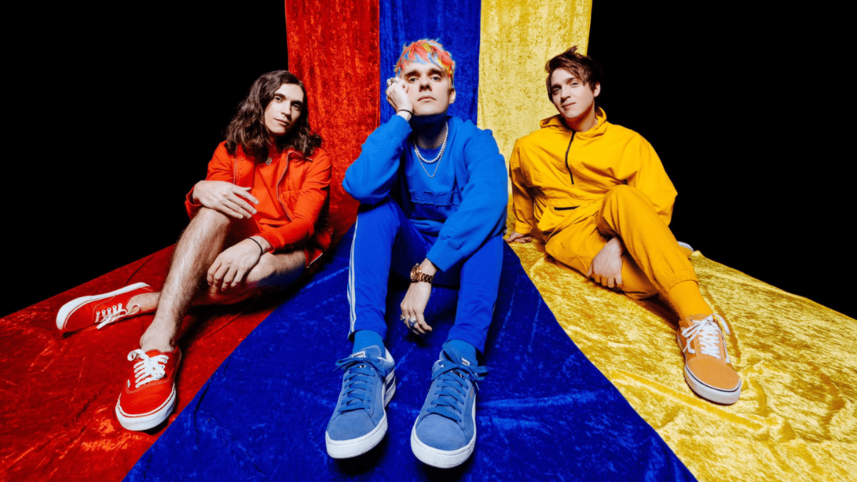Waterparks – Snow Globe Lyrics