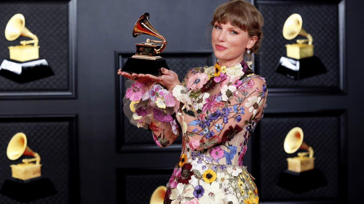 2021 Is Shaping Up To Be The Year of Taylor Swift and Here's Why