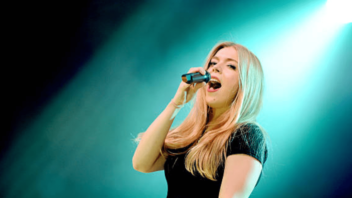 Becky Hill Won't Sing For The 'Last Time'!