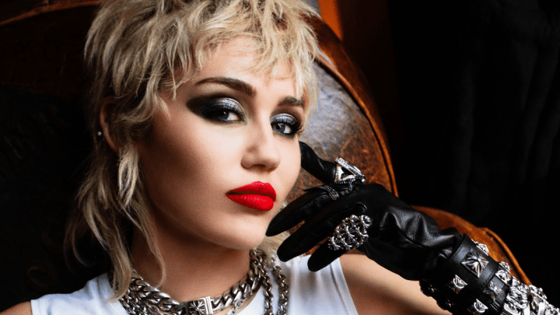 Miley Cyrus New Video 'Angels Like You' Will Tear You Up!