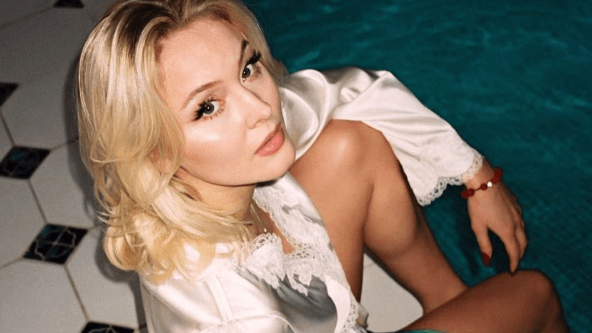 Zara Larsson Released Poster Girl And We Are Obsessed