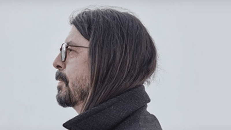 Dave Grohl Tells You His Rock'n'Roll Funny Moments In  The Storyteller
