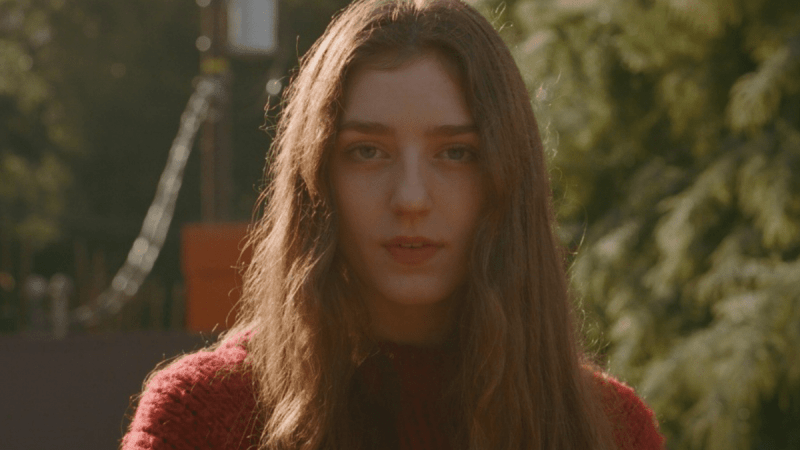 Birdy Makes Us Feel Young At Heart