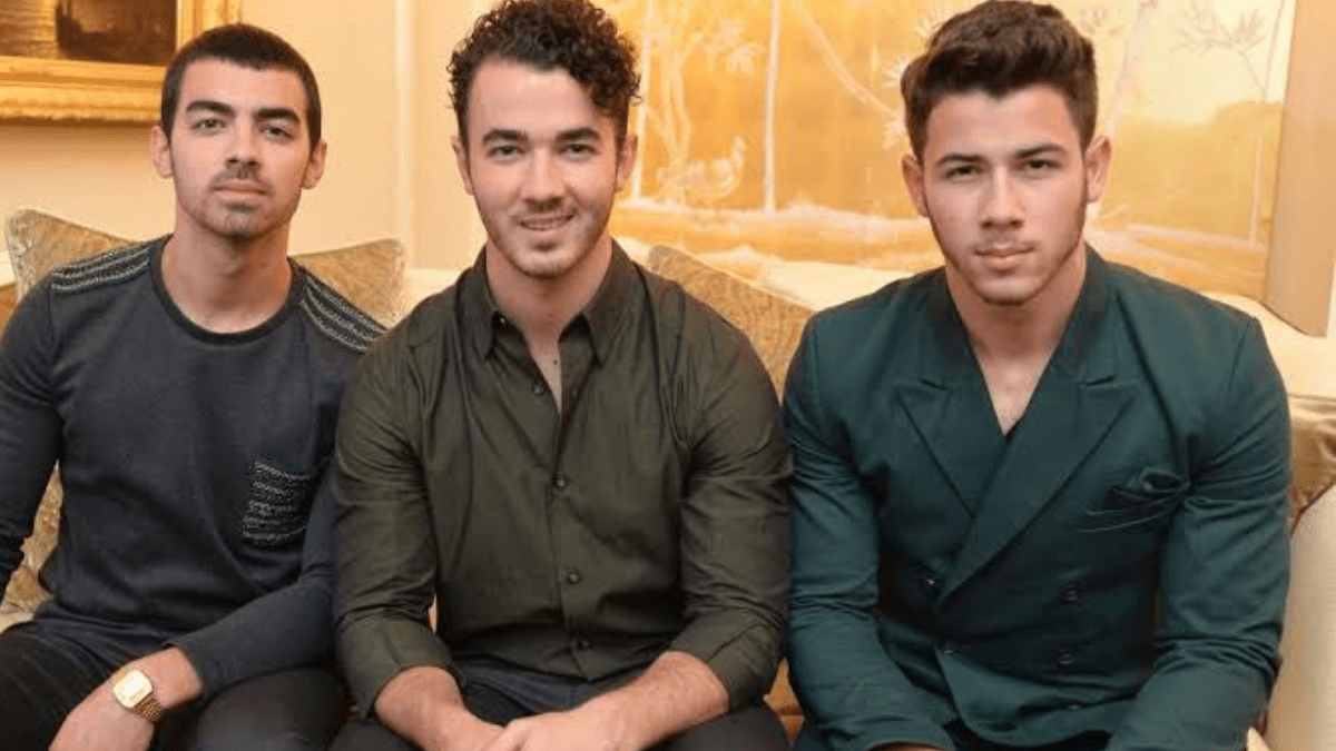 Happiness Begins With Jonas Brothers' Live Show