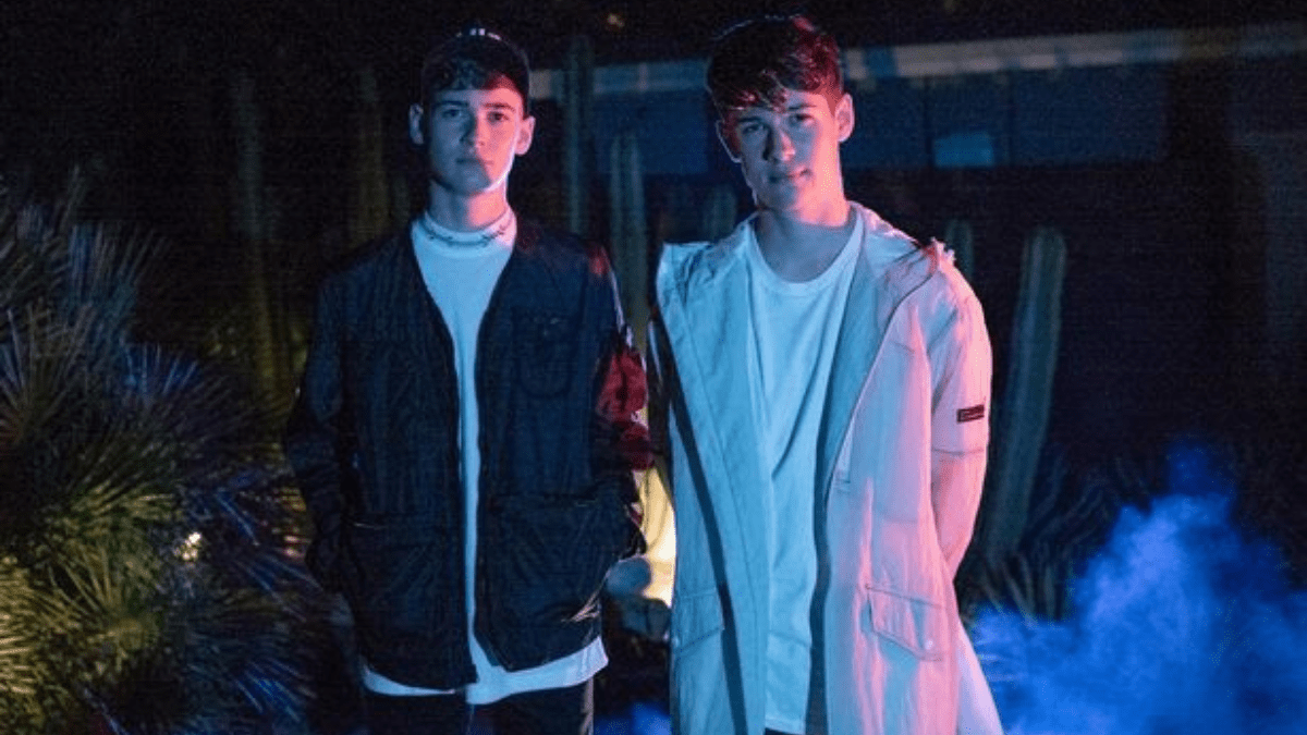 Max & Harvey Don't Want You To Be  'Lonely!'