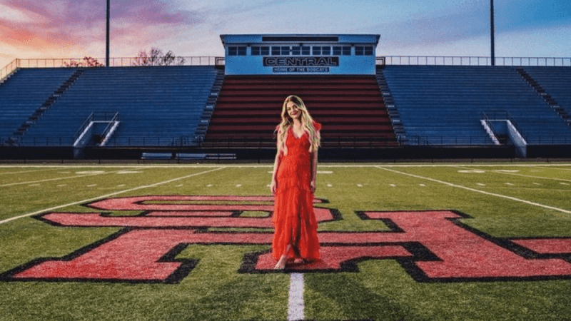Kelsea Ballerini Will Always Be Connected To Knoxville
