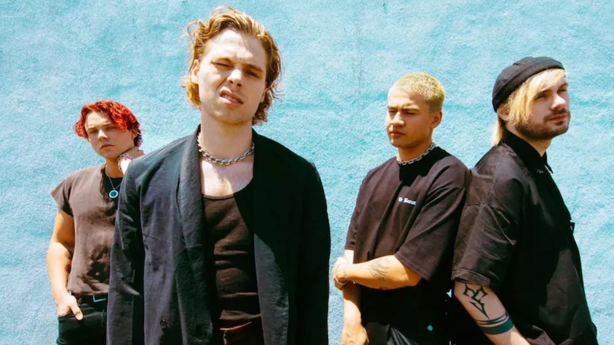 10 5SOS Songs That Should Have Been Singles