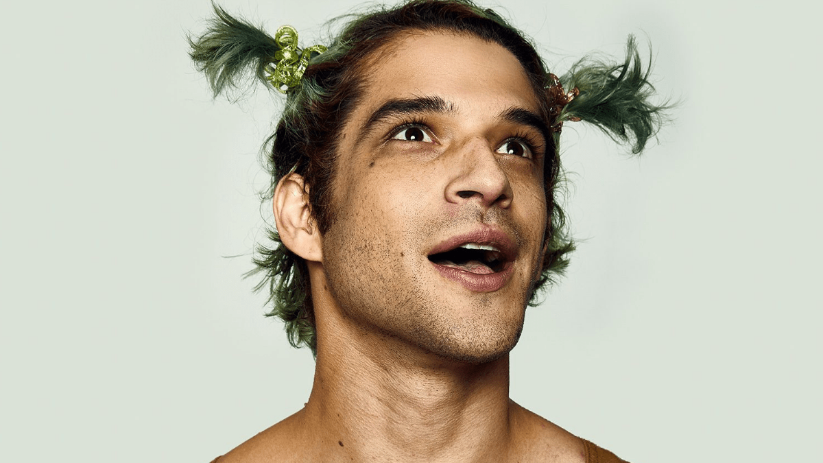 Tyler Posey releases fun new video for latest single 'Happy'