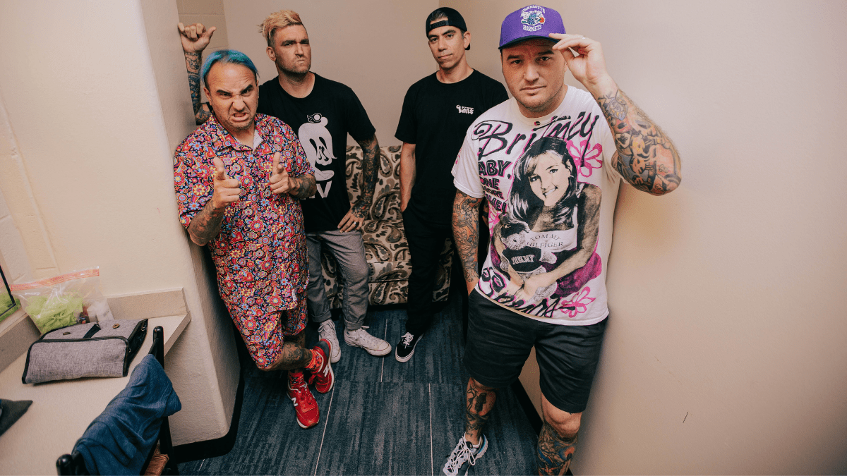 New Found Glory Takes The Last Red-Eye To Infinity… And Beyond!
