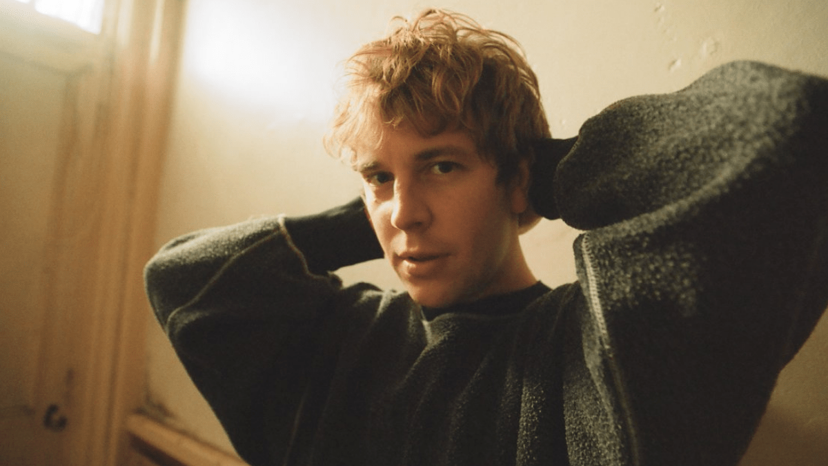 8 Songs By Tom Odell That Your Playlist Needs!