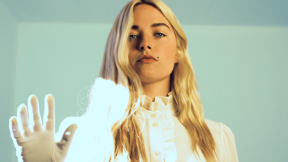 Ashe Gives Us Nostalgia With 'Love Is Not Enough' Live Music Video With Taylor Goldsmith