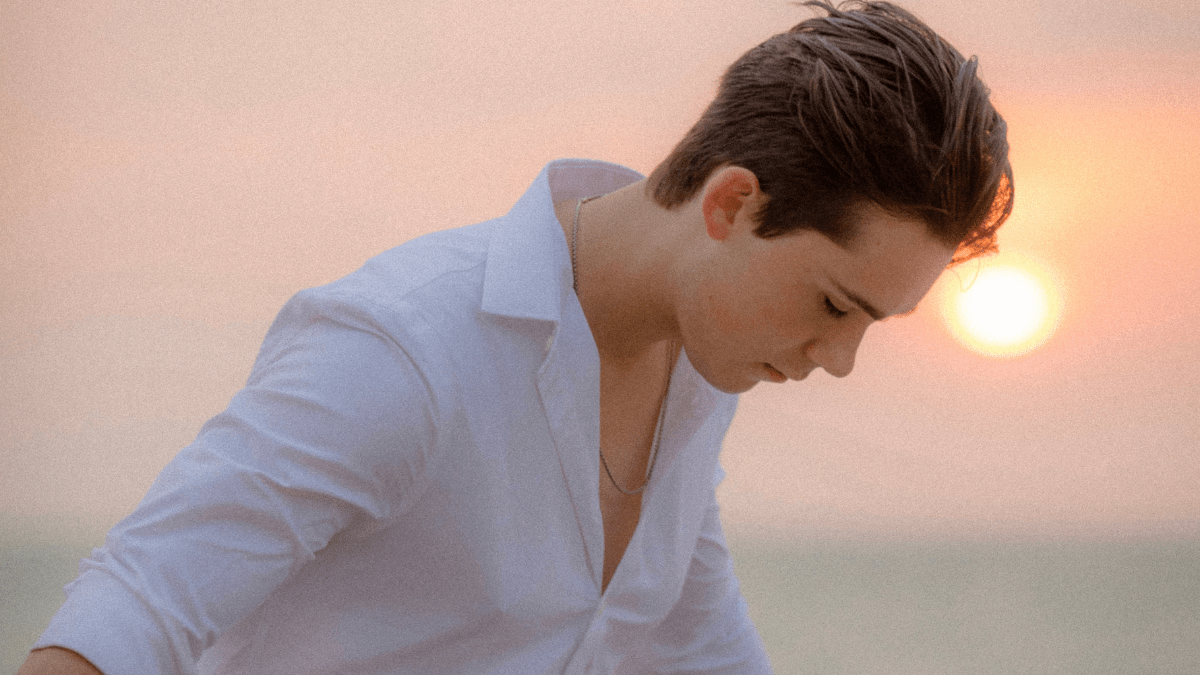 We're Vibing To Jeremy Shada And 'This Feels Right'