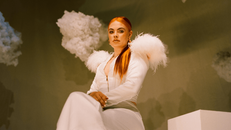 We're 'Weightless' After Listening To Eden Hunter's Debut Single