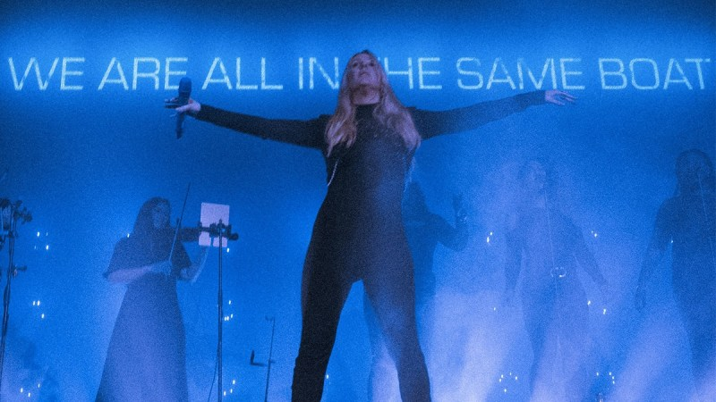 Ellie Goulding Is Raising Awareness For Climate Change On Her  Brightest Blue  Tour